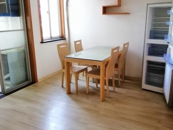 潜庄公寓3楼带阁楼51 30平米良装2室2厅2卫带露台