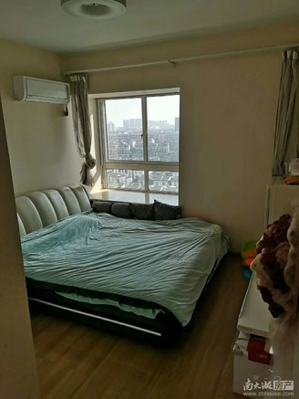 幸福里17楼90平,3室2厅,居家精装,满5年,标套,13年婚装,146.8万