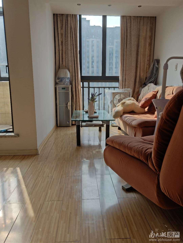 清河家园5楼带阁楼 实用面积100平米 另有车库11平米