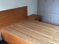 最新出租湖东小区 一室一厅 家电齐全 看房方便