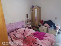 吉北2楼良装1.5室1厅车库6平米满2年一口价66万
