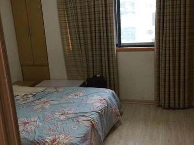 爱山中介 中大绿色家园 一室一厅一卫 良装 1600元