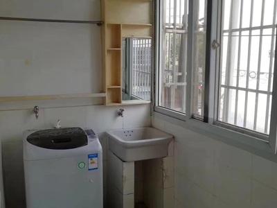 市陌龙泉小学旁2楼良装1.5室1厅满2年