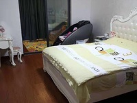 星海名城15楼145平方3室2厅2卫一个卫生间改成了更衣室精装218万