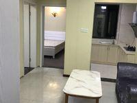 出租,云峰苑精装3室1厅,3200月。家电齐全。