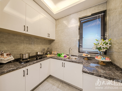 仁皇山 长田漾公园旁,一楼带花园高档低密住宅房,119方只卖130万 价格划算