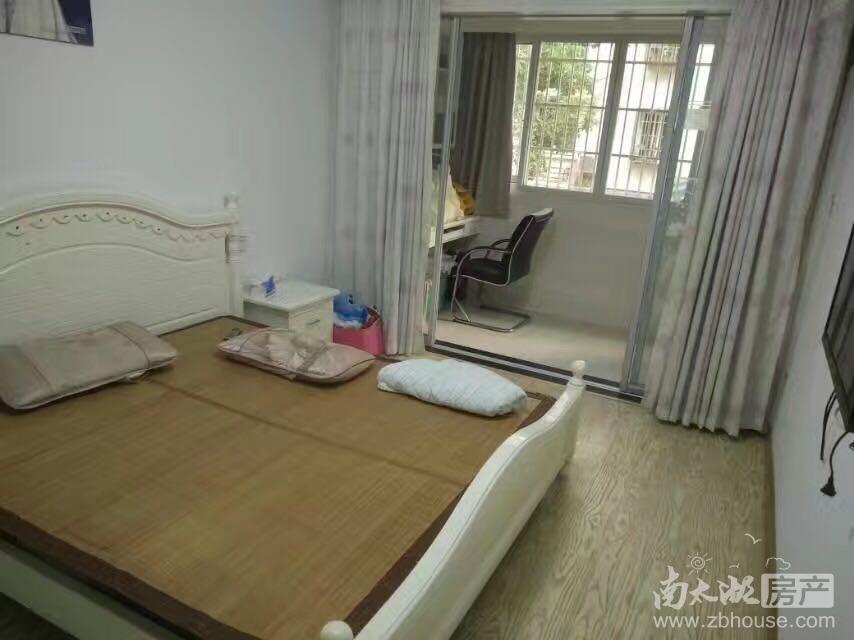 紫云花园1楼精装2室2厅家电家具齐全