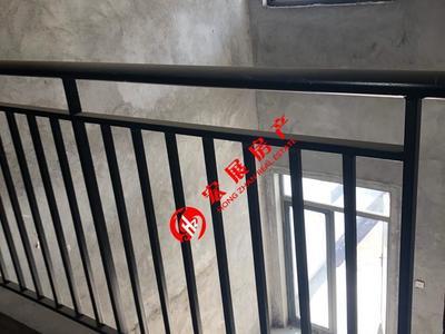 出售:东方花园1-3 3F联排,273平米,毛坯,五室二厅明厨三明卫,可停3辆车