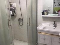 华丰二期两室半较好装修 标准户型 位置好可拎包入住