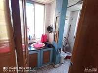 1481 华丰二期3楼66.7平,良装,2室1厅1卫,满两年