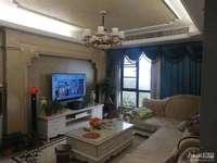出售天河理想城10楼,120.58平,3室2厅2卫,居家精装,满2年,157万