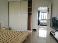 出售金宸花园单身公寓有两套,精装和简装,车库独立,82万13059921761