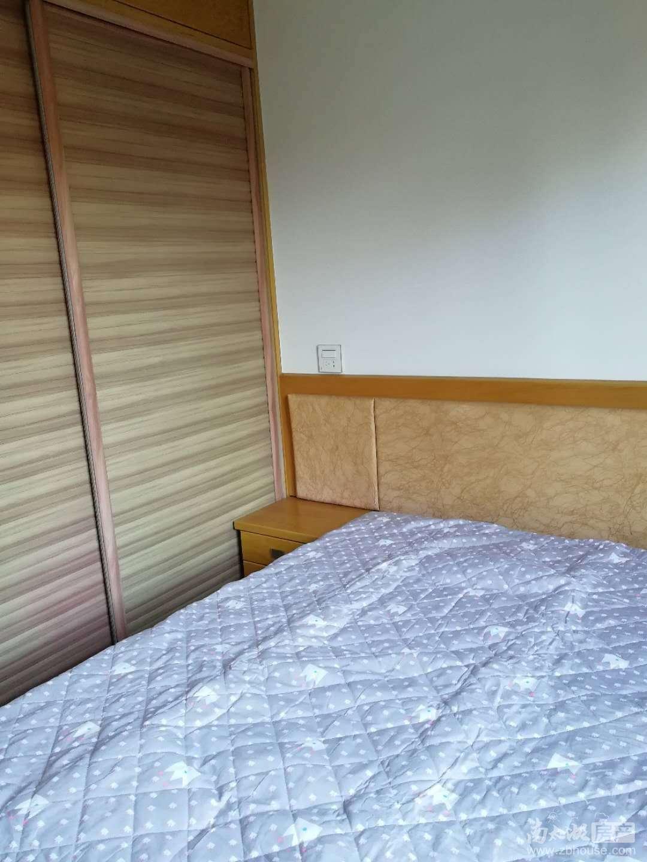 凯莱国际2室2厅精装修家电齐全3200月有钥匙