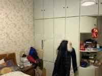 出售湖东小区6楼60.02平米,精装修两室一厅,满五唯一,报价61.8万