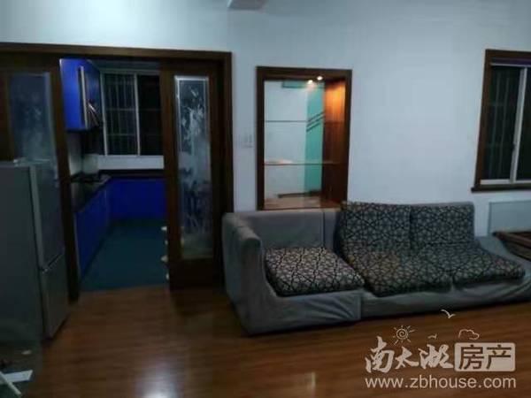 出售太湖花园车库上一1楼2室2厅1卫86平米112万住宅
