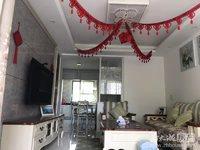 出售恒泰阳光苑车库上一楼,80平,两室两厅,居家精装,车库10平,80万