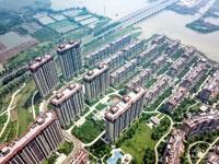 特价急售!祥生悦山湖一期洋房次顶楼,130方四房两厅,带车位和储藏室220万