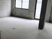 华萃庭院二期汎港观塘-叠屋带地下室和40平南花园,全新毛坯,满二年。