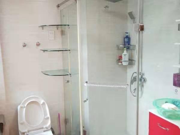 中大绿色家园三室居家精装 家电齐全 拎包入住