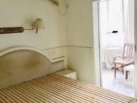 2746 文苑小区2楼/6楼 52平一室半一厅 良装 家具家电齐 天然气1200
