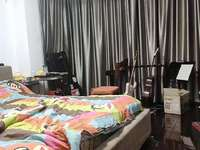 出售美欣家园4楼78平,车库独立,两室两厅,居家精装,干净整洁,满2年,104万