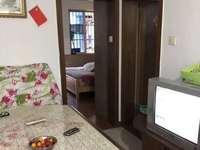 出售湖东小区2室1厅1卫48.07平米52万住宅