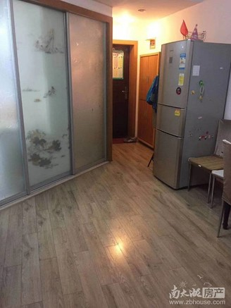 凤凰二村4楼 两室两厅 良好装修
