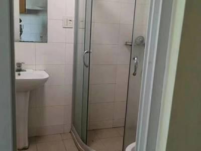 江南华苑单身公寓 中装 朝南 天然气已经开通
