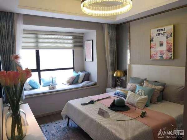 织里城市之光,中国童装城,边上就是吾悦广场,月租金4500