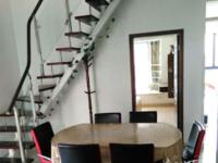 望湖花园 109.43平 两室半两厅 精装3300元 拎包入住 带自行车库