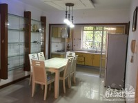 三室二厅,良装,车库11平米