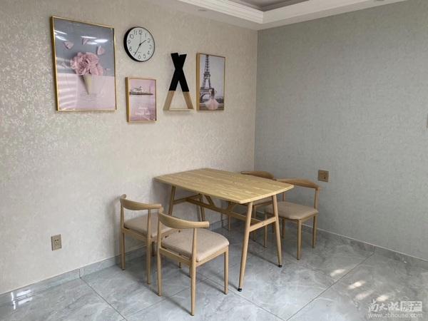 凤凰二村2楼全新精装2室朝南车库独立