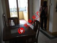青塘小区中间楼层,良装,一室半两厅一卫