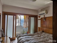 出售00371 凤凰一村 车库上1楼 二室二厅 家电齐全 拎包入住 带独立车库