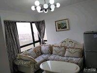东郡红树湾 95平 三室两厅 精装3400元 家电齐全