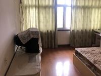 衣裳街 108平 五室两厅 良装3000元 家具家电齐全 拎包入住