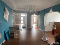 新天地 16楼 用于美容工作室 办公室 160多平 5000/月