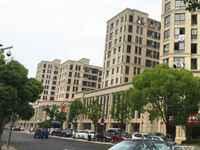 佳园多层花园洋房,4楼顶跃,西边套,楼下135平多,跃层65