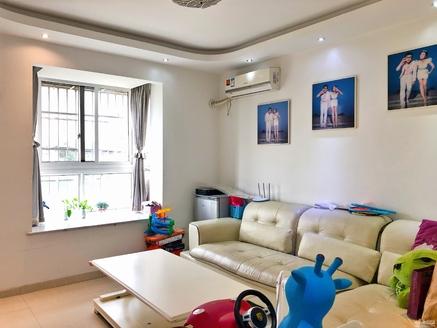 出售泰和家园2楼,2室2厅1卫70平米103.8万住宅