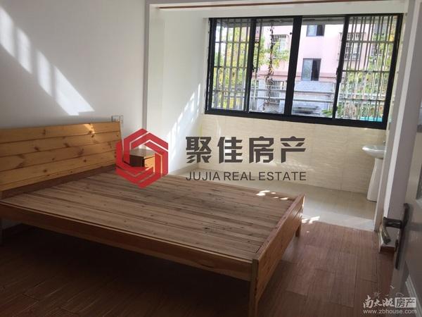 出售泰和家园车库上一楼,2室1厅1卫51平米75.8万住宅