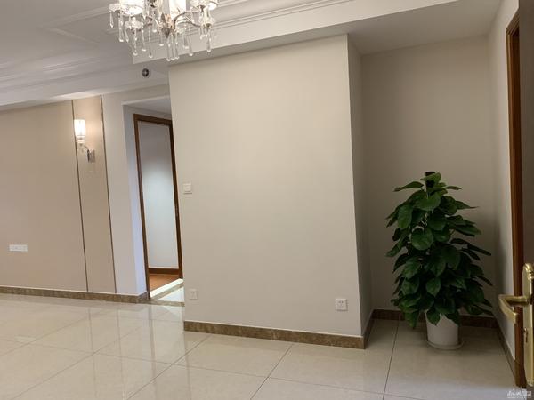 湖州市中心 精装修现房出售 小户型 首付25万 直接更名 无税 还等什么?