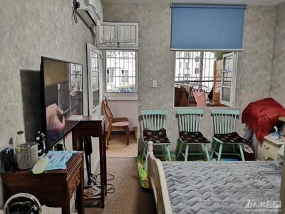 出售凤凰二村1室1厅1卫35平米41.8万住宅