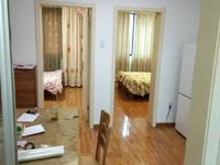 湖东小区5楼,二室一厅,二室朝南,中装,二年外,出让土地,一梯两户