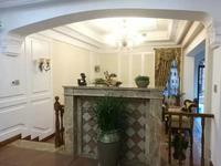 独栋别墅 豪华装修 带墙暖 带两个露台 带花园100多平