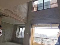 四房两厅两卫太湖天地10楼顶跃140方,赠送挑空和超大露台,带车位182万包二税