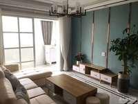 出售 月河小区 4楼 西边套 二室二厅一书房 欧式精装 双阳台 标套 独立车库