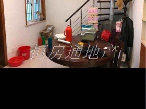 急售明都锦绣苑5楼跃层102平米,婚装三室,家具家电全,满两年一口价113.8万