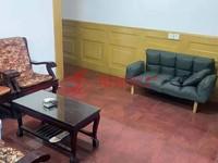 龙溪小区2F 54平米良装一室半一厅 车库独立 价73万 13757203072