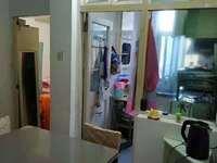 华丰一期1楼,54平方,两室一厅,较好装修