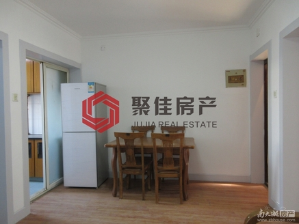 潜庄公寓53.6平方一室两厅老装 可做两室一厅